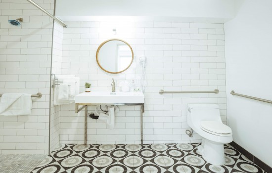 Welcome To The Belmont Shore Inn - Accessible Bathroom & Vanity